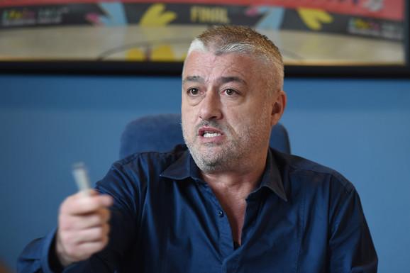 """""""JA ĆU DA PRESEČEM!"""" O starom i novom selektoru, tučama, glupostima... Danilović: NEĆETE POSVAĐATI Saleta, Dejana i mene! Da li odlazim? NE!"""