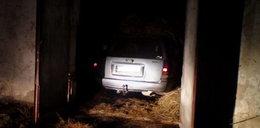 15-latek ukradł samochód i schował go w stodole!