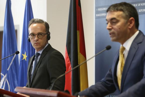 Nemački ministar Haiko Mas (levo) misli da EU pravi veliku grešku okretanjem leđa Zapadnom Balkanu