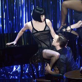 """Oscary 2013: Catherine Zeta-Jones w zmysłowym wykonaniu """"All that jazz"""""""
