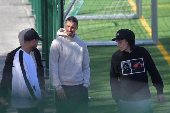 ZLATAN IZNENADIO SVE, ROSO-NERI SE HVATAJU ZA GLAVU! Ibrahimović napustio Milan i već trenirao u DRUGOM KLUBU!