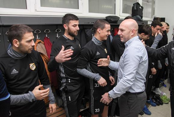 Sportski direktor Nenad Mirosavljević na okupljanju igrača za nastavak sezone