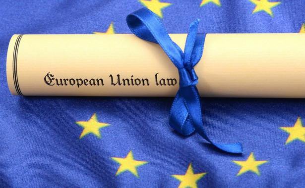 Unia mogłaby również podwyższyć rangę relacji z państwami stowarzyszonymi.