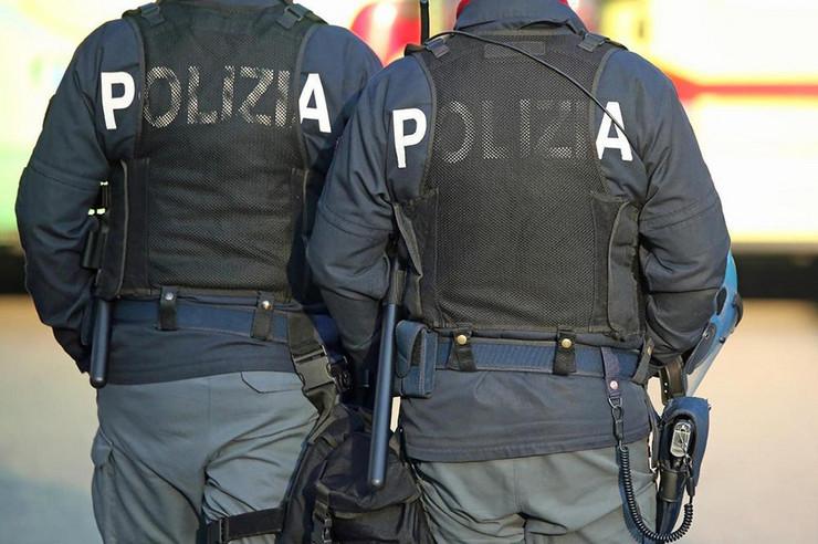 Policija-Italija