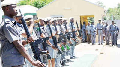 3 killed as customs repel attempt to abduct officer