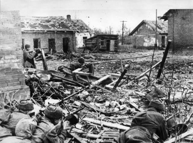 Sovjeti se pripremaju za napad