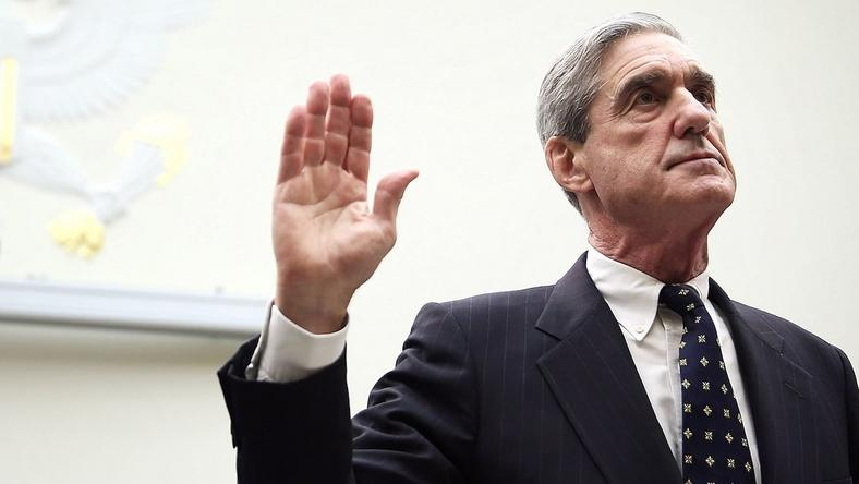 Robert Mueller being sworn in during a hearing before the House Judiciary Committee in June 2013.