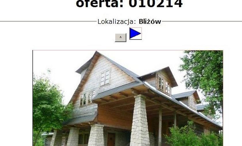 Kora sprzedaje dom