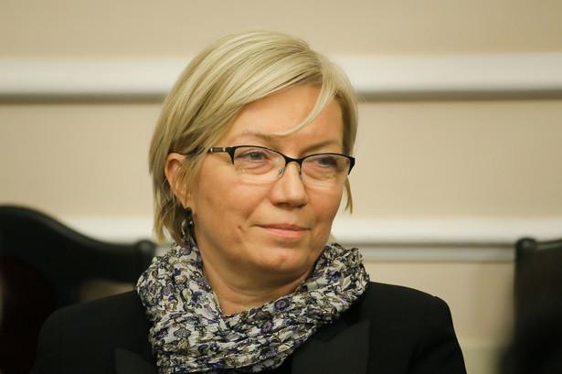 Julia Przyłębska jest prawnikiem, pracowała jako sędzia, a następnie w służbie dyplomatycznej