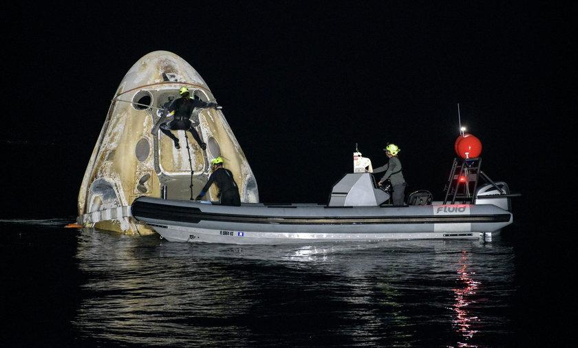 NASA?s SpaceX Crew-1 splashdown in the Gulf of Mexico