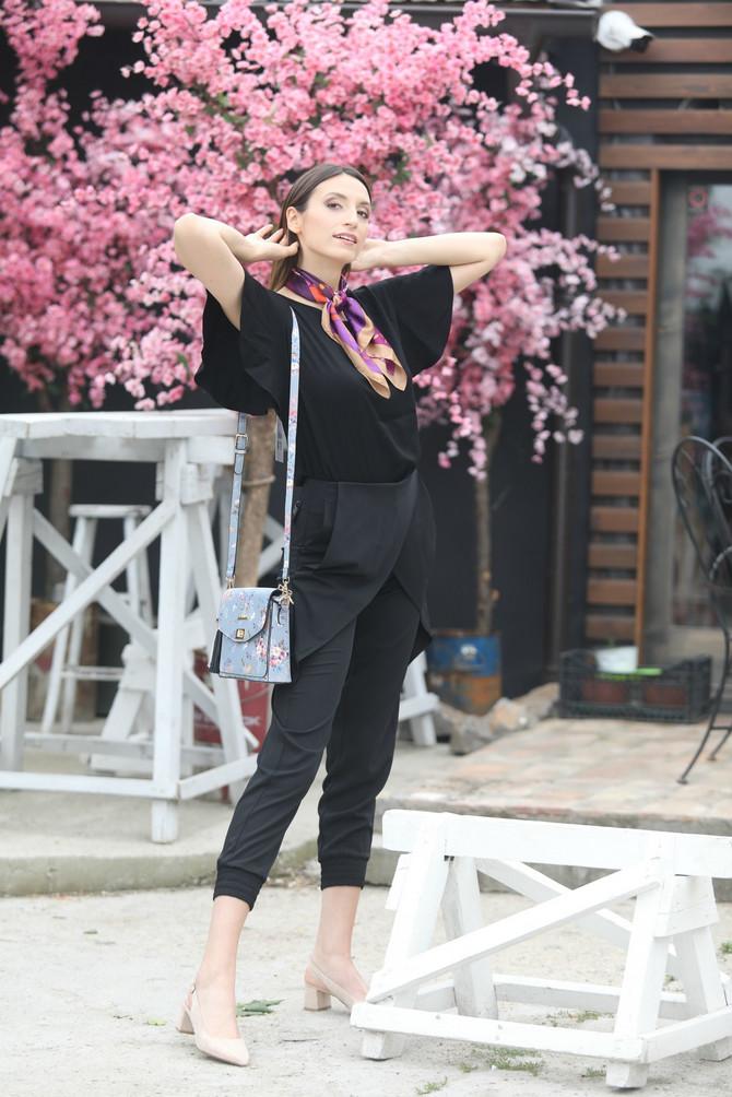 "Sako i pantalone ""P.... S.... fashion"", majica ""Tiffany"",  sandalete ""Solo"""