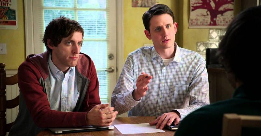 """Kadr z serialu """"Silicon Valley"""" - główny bohater prowadzi rekrutację"""