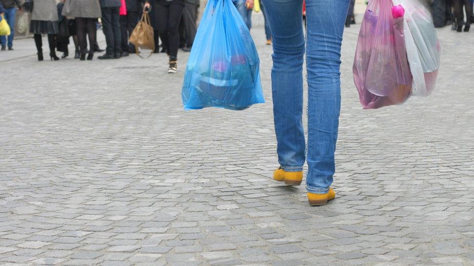 Plastik z jednorazówek zostanie z nami na wieki