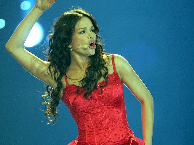 Mesto na kojem pevačice pokazuju svašta: Bilo je mnogo šokova, a njen crveni veš je VRHUNAC!