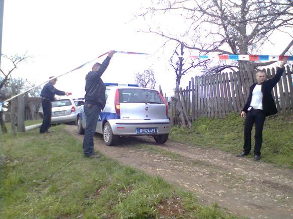Uviđaj u Velikoj Ivanči i dalje traje: Policija je blokirala prilaze svim kućama
