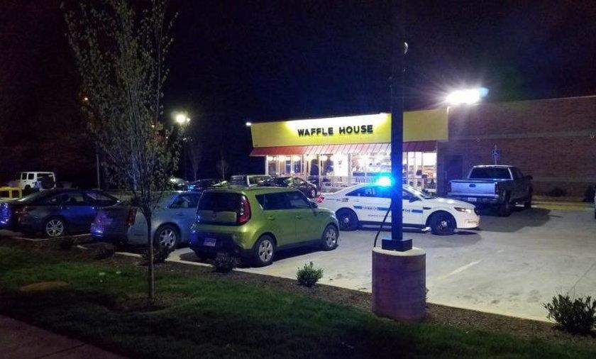 Strzelanina pod Nashville. Trwa policyjna obława