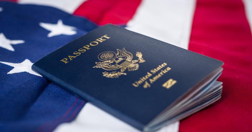 """Wnioski o """"zieloną kartę"""" w ramach programu Diversity Visa 2019 można składać do 7 listopada 2017 r."""