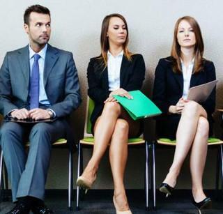 Powstaje czarna lista zawodów, a dyplomy i certyfikaty będą miały unijną rangę