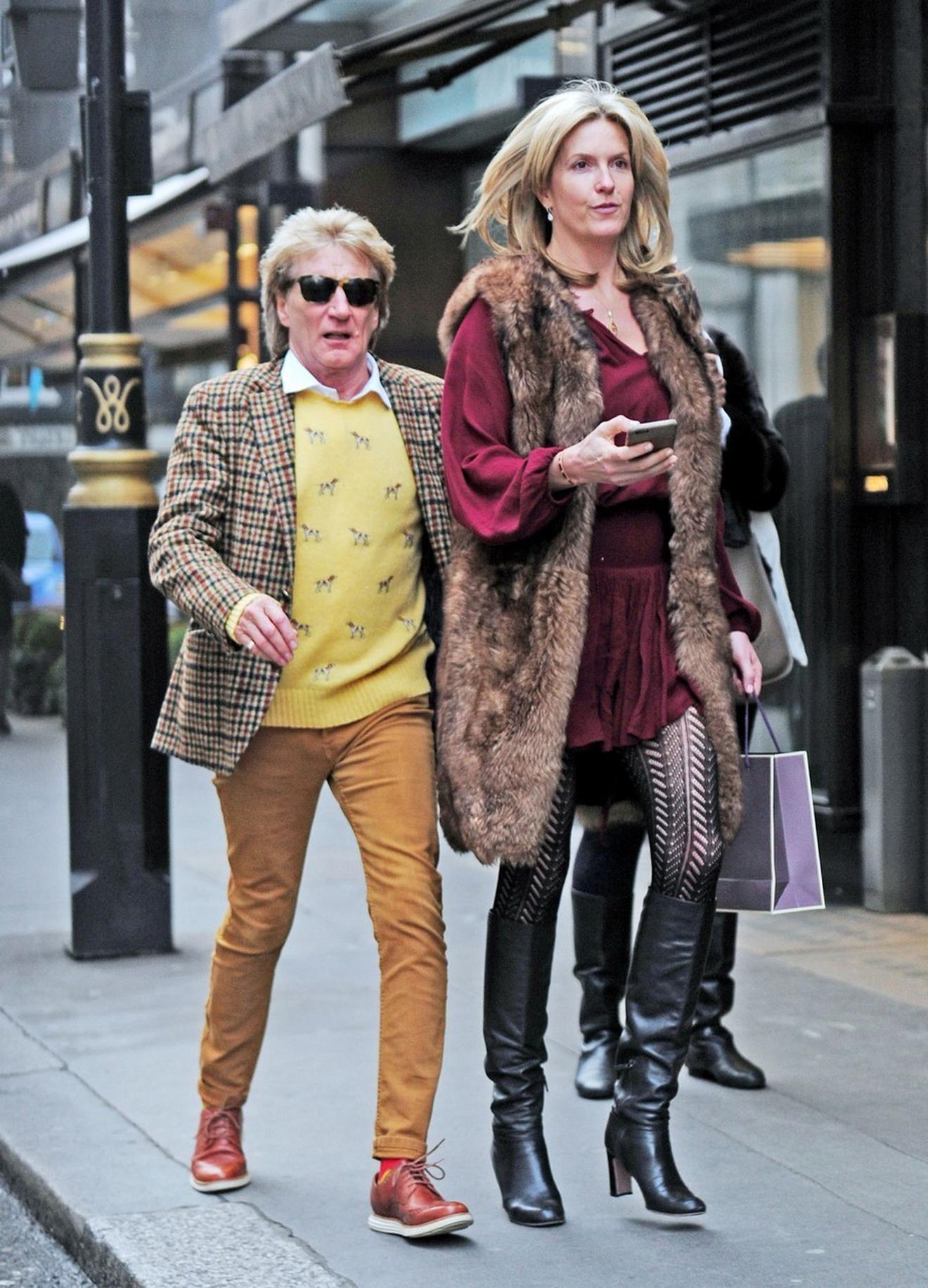 Da, ona je stvarno ovoliko viša od njega