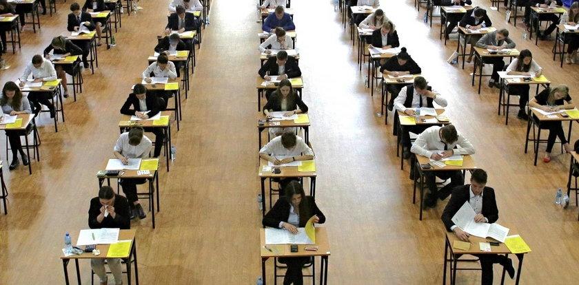 Tegoroczną maturę zdało 83 proc.  absolwentów