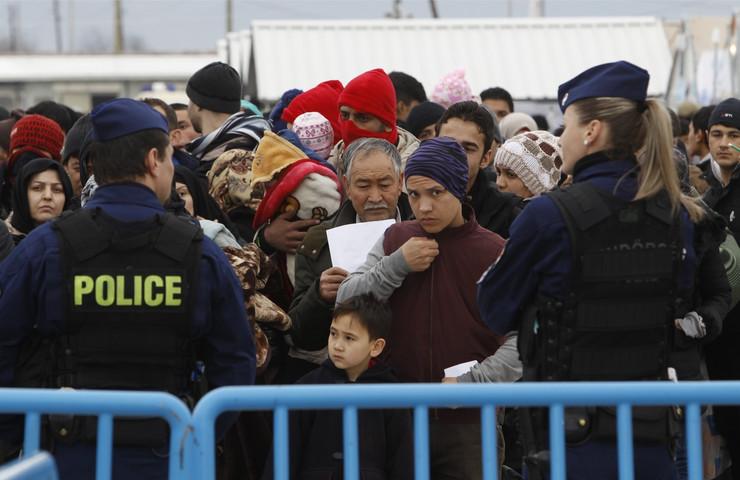 izbeglice makedonija03_TANJUG_foto AP