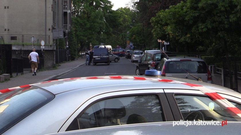 Katowice. Podejrzana torba na laptopa pozostawiona przez dilera na ulicy Sienkiewicza