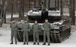 W Warszawie podpisano umowę na dostawę amerykańskiego systemu artylerii rakietowej HIMARS