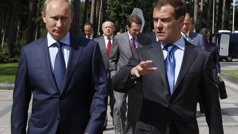 Władimir Putin i Dmitrij Miedwiediew. Moskwa jako jedna z pierwszych zareagowała na aresztowanie Tymoszenko