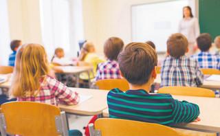 Zniesławienie: Nie będziesz krytykował nauczycielki dziecka swego
