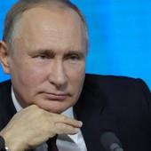 Ovo su Putinovi RODITELJI, a njegova sličnost sa majkom je NEVEROVATNA! (FOTO)