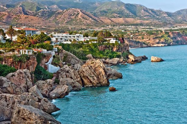 W Hiszpanii latarnie morskie są przekształcane w hotele, które latem zostaną otwarte