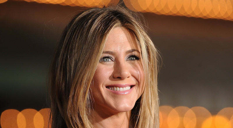Jennifer Aniston Worked Out So Hard That She Left a 'Self-Portrait' on Her Yoga Mat