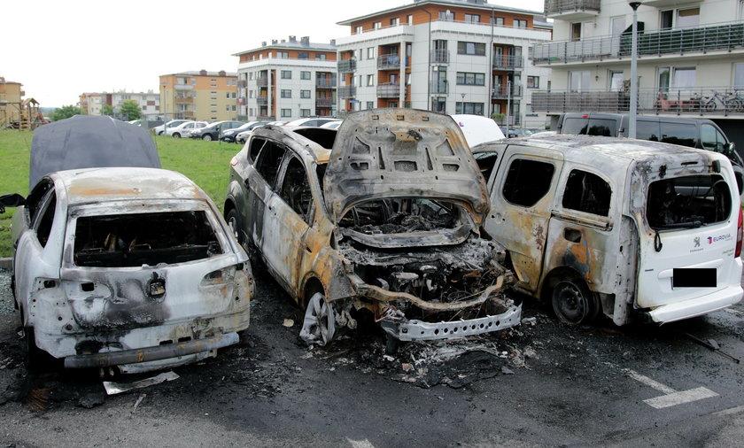 Spalone samochody