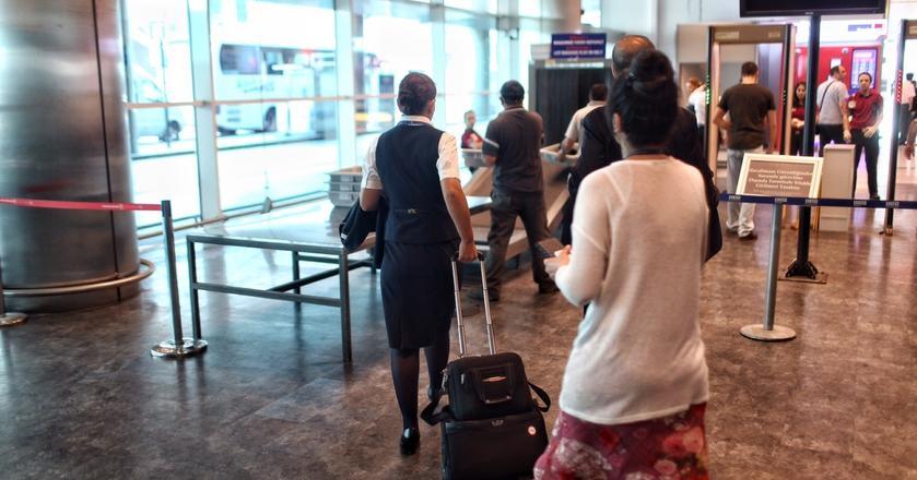 Pracownicy kontroli bezpieczeństwa na lotnisku nieraz przecierają oczy ze zdumienia, gdy widzą, co w bagażu ujawnia skaner