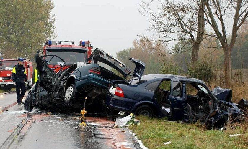 Potworny wypadek! 5 osób zginęło. FOTO