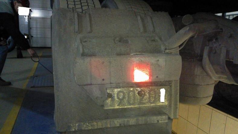 Inspektorzy z Dolnośląskiego Inspektoratu Transportu Drogowego zatrzymali na autostradzie A4 ciągnik siodłowy wraz z naczepą. Kierowca przewoził 24 tony groszku mrożonego z Ziębic do portu w Gdyni. Następnie ładunek miał trafić do Kanady...