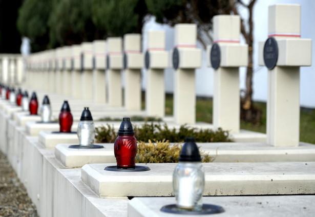 Polskie groby na Cmentarzu Łyczakowskim we Lwowie, PAP/Darek Delmanowicz