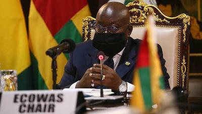 Guinée: la CEDEAO impose de lourdes sanctions au Colonel Doumbouya et à son unité