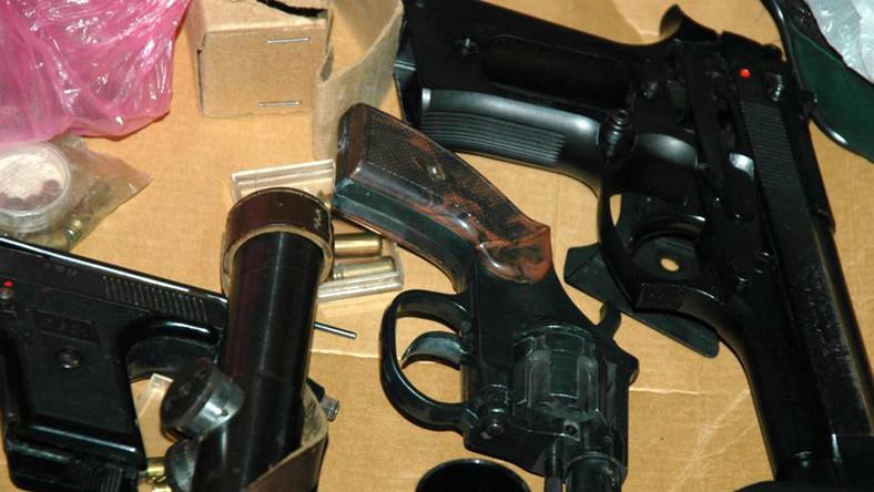 Szajka handlarzy bronią miała uzbrojenie zarówno z okresu II wojny światowej, jak i późniejszego