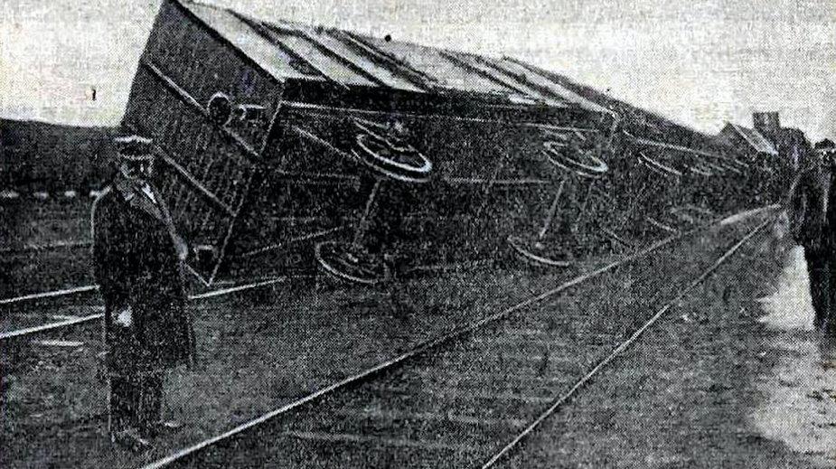 Trąba powietrzna w Lublinie wywracała wagony / fot. Ilustrowany Kuryer Codzienny