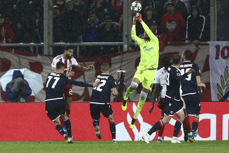 FK Olimpijakos, FK Crvena zvezda