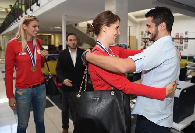 """Jovana Stevanović i Tijana Malešević u sportskoj rubrici """"Blica"""""""