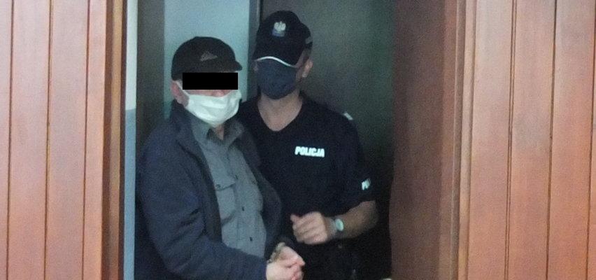 Ksiądz skazany za wysyłanie swoich nagich zdjęć 14-latce. W więzieniu także jej matka, która wiedziała o gehennie córki