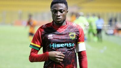 Emmanuel Gyamfi: Kotoko captain risks missing Hearts clash after misconduct charge