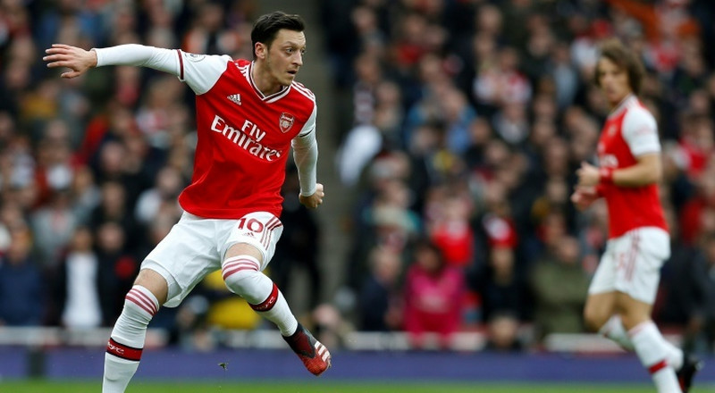 Ozil 'deeply disappointed' by Arsenal omission