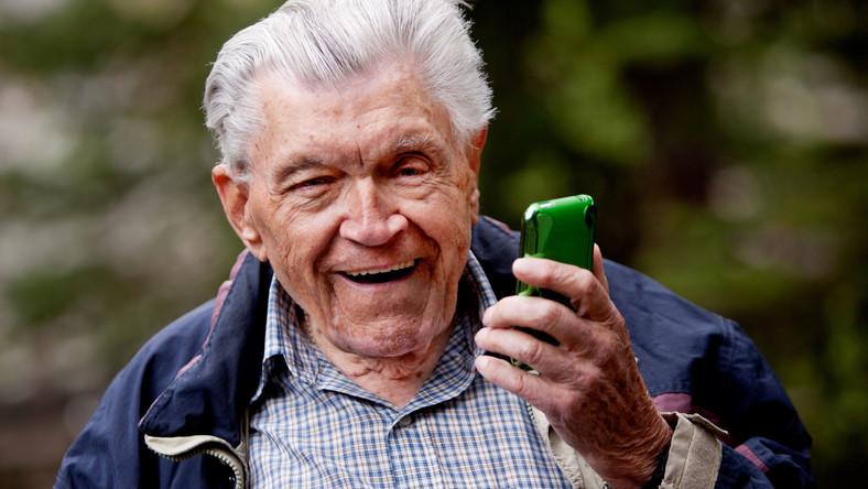 Za pomocą przystawek do telefonów komórkowych będzie można zbadać sobie m.in. ciśnienie