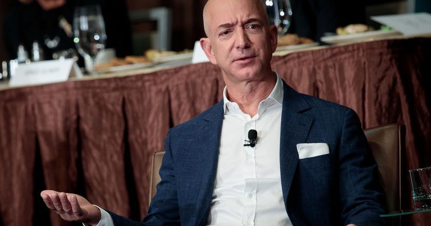 Jeff Bezos był najbogatszym człowiekiem na świecie przez kilka godzin, ale teraz spadł na 3. miejsce