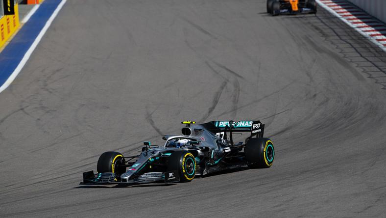 Bolid Mercedesa