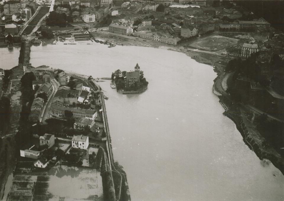 Widok na willę Rożnowskich zburzoną w 1938 r.