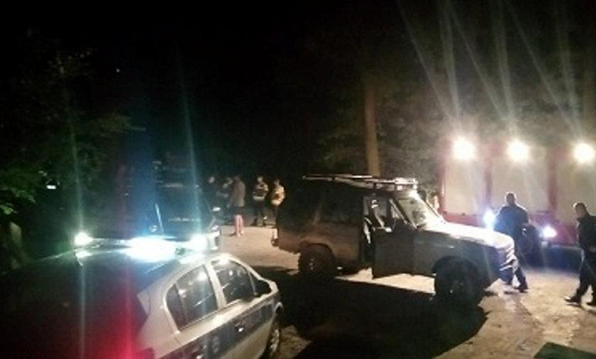 W akcji brało kilkudziesięciu policjantów i strażaków.